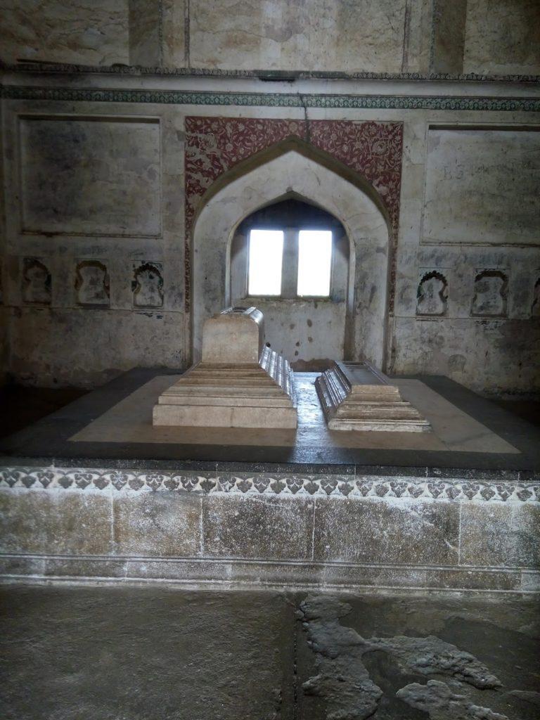 Cenotaph inside Black TajMahal