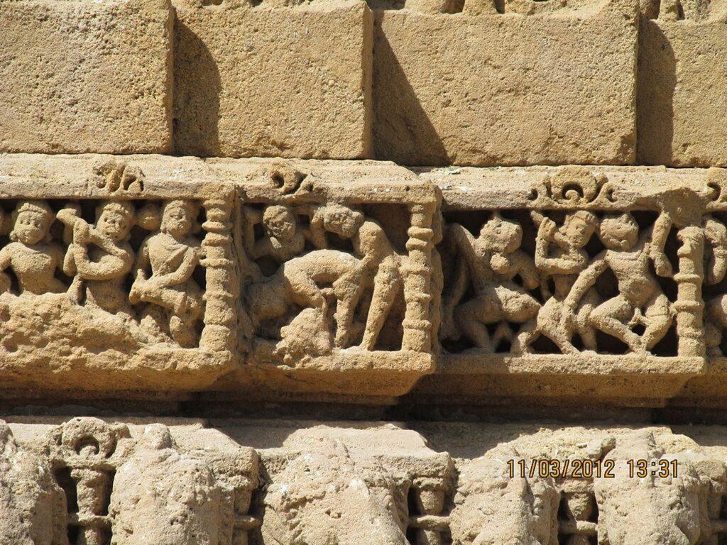 1024px lovers sun temple at modhera gujarat 1